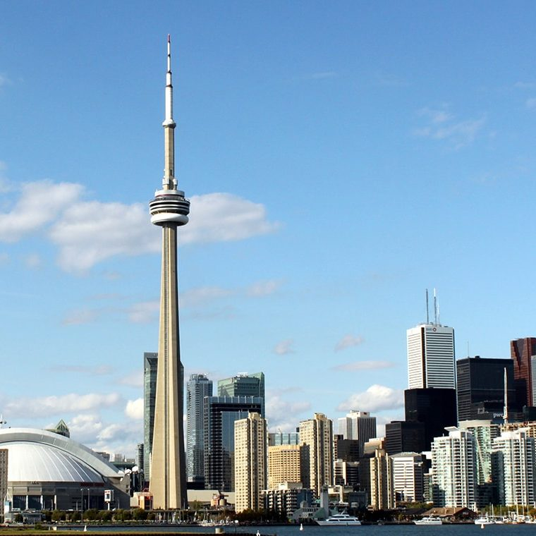 Toronto skyline by Prayltno via flickr (Web lead)